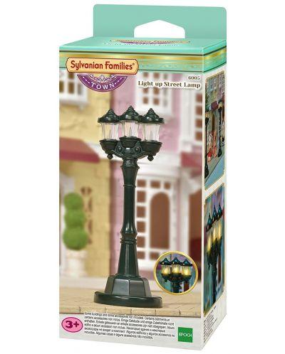 Фигурка за игра Sylvanian Families Town - Улична лампа - 1