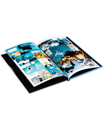 The Dark Knight Returns Slipcase Set (комикс)-10 - 11