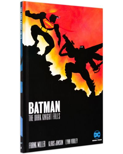 The Dark Knight Returns Slipcase Set (комикс)-11 - 12