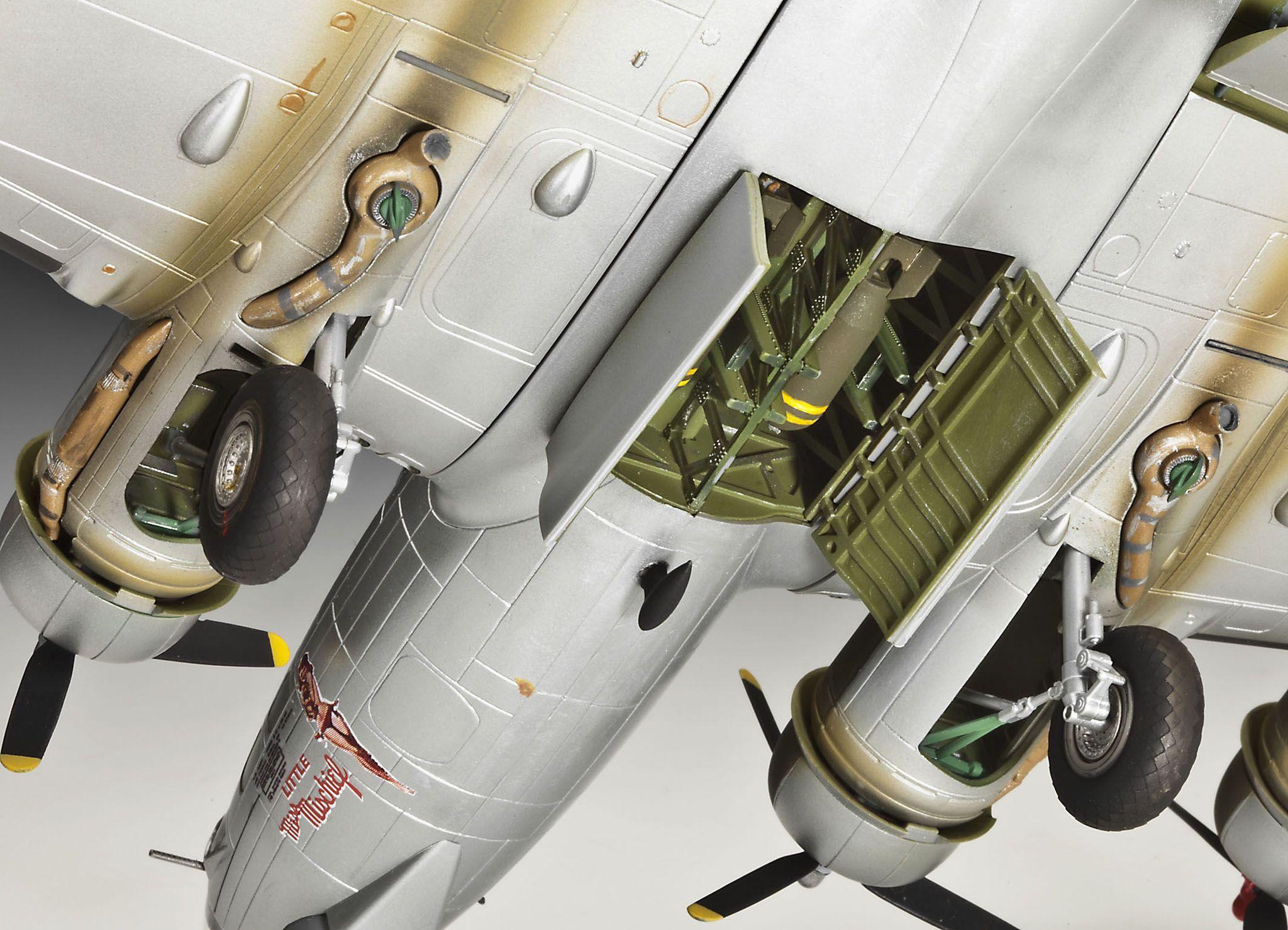 Сглобяем модел на военен самолет Revell - B-17G Flying Fortress (04283) - 8