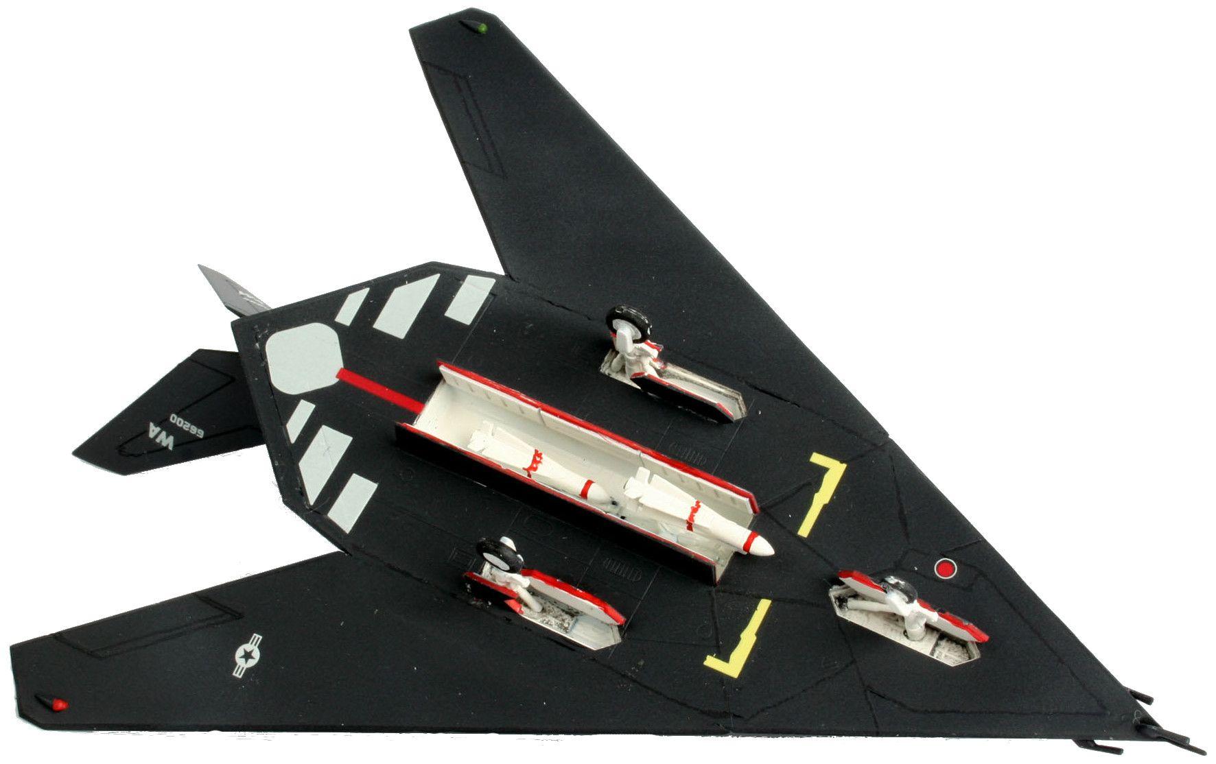 Сглобяем модел на изтребител Revell - F-117 Stealth Fighter (04037) - 3