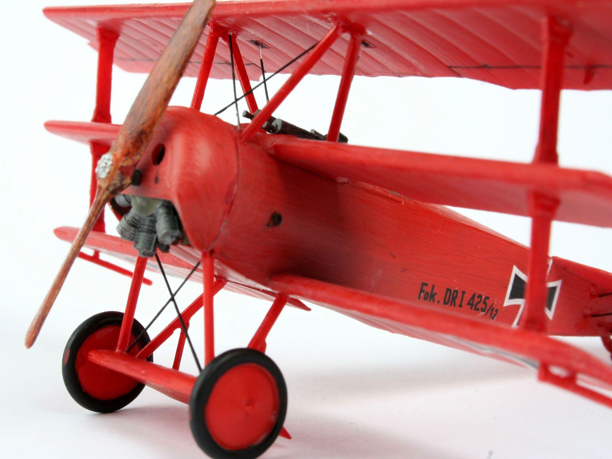 Сглобяем модел на военен самолет Revell - Fokker Dr. 1 Triplane (04116) - 3