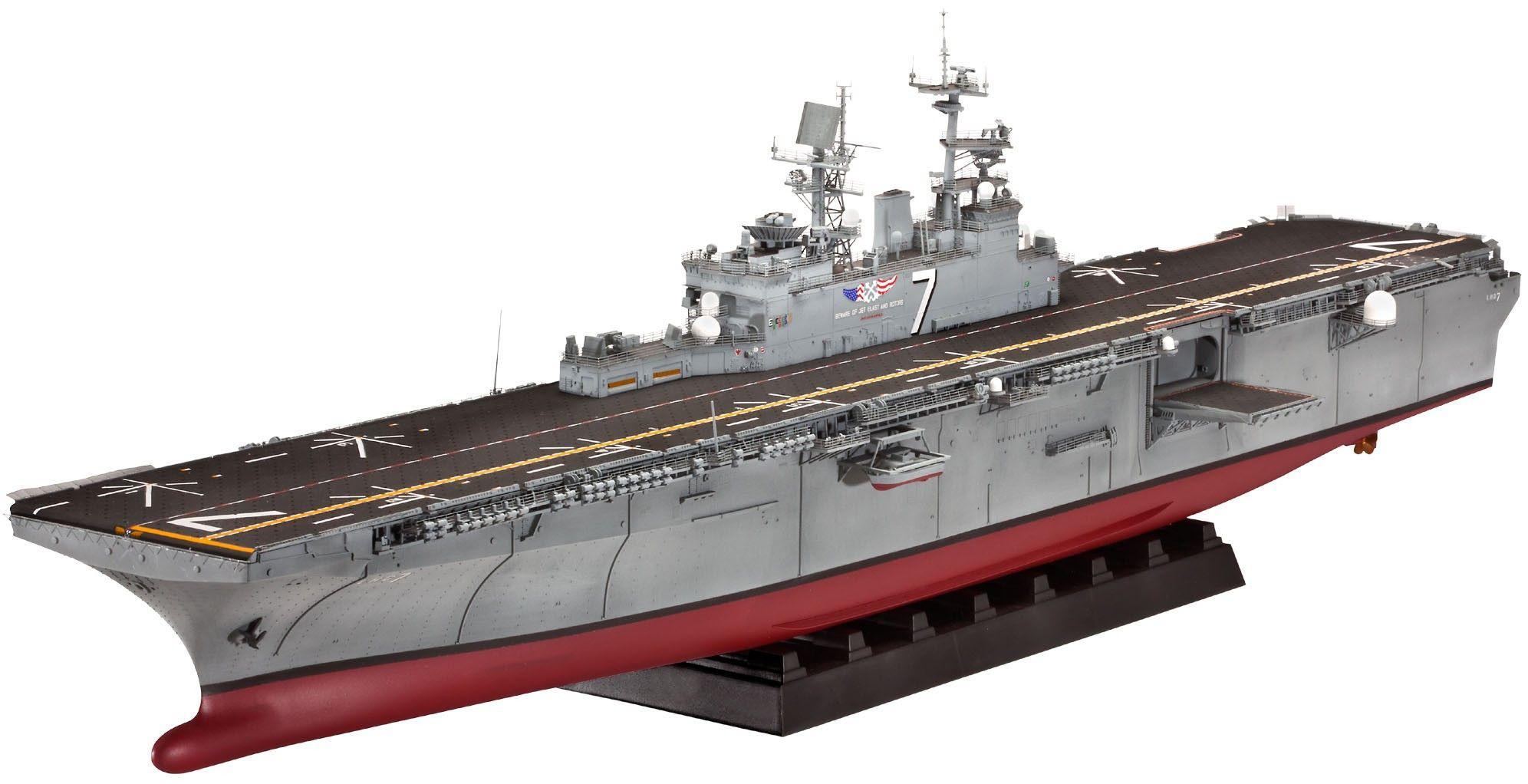Сглобяем модел на кораб-самолетоносач Revell - Amphibious Assault Ship U.S.S. IWO JIMA (LHD-7) (05109) - 1