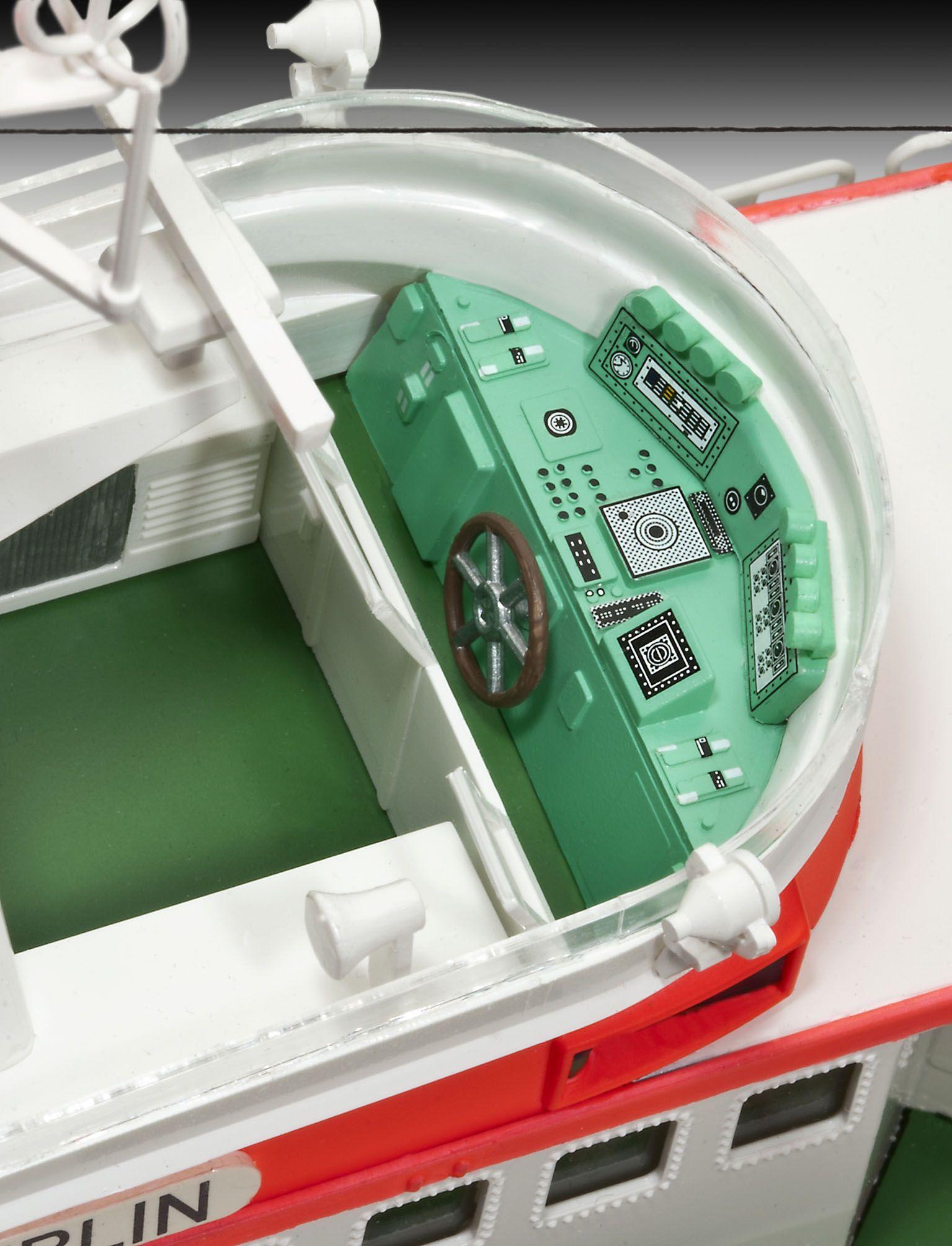 Сглобяем модел на кораб Revell - Search & Rescue Vessel BERLIN (05211) - 5