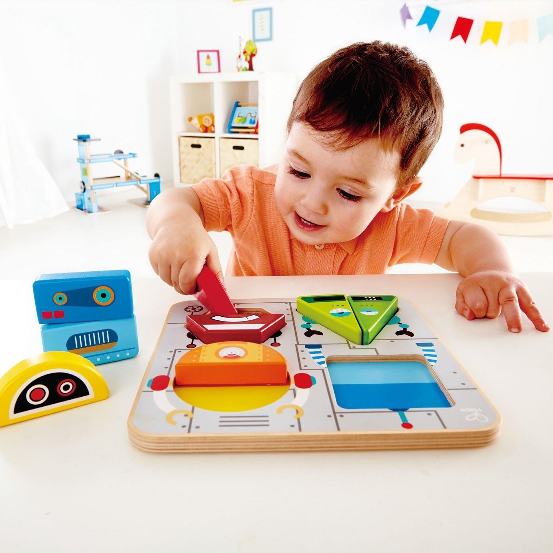 Дървена играчка Hape - Пъзел с роботи - 5
