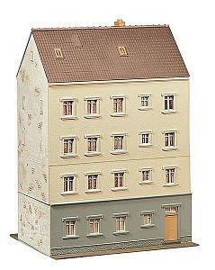 Многоетажна сграда със заведение Faller - 3