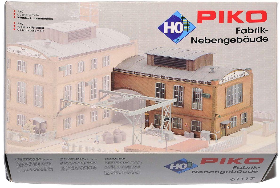 Сглобяем модел Piko - Допълнителна сграда към фабрика за производство E. Strauss (61117) - 2