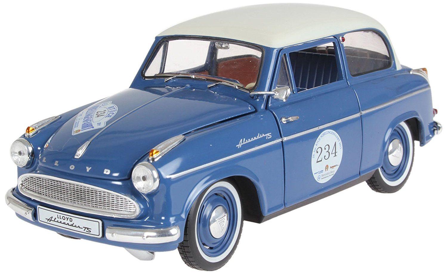 Сглобяем модел на автомобил Revell - Lloyd Alexander, Bluegrey (8463) - 1