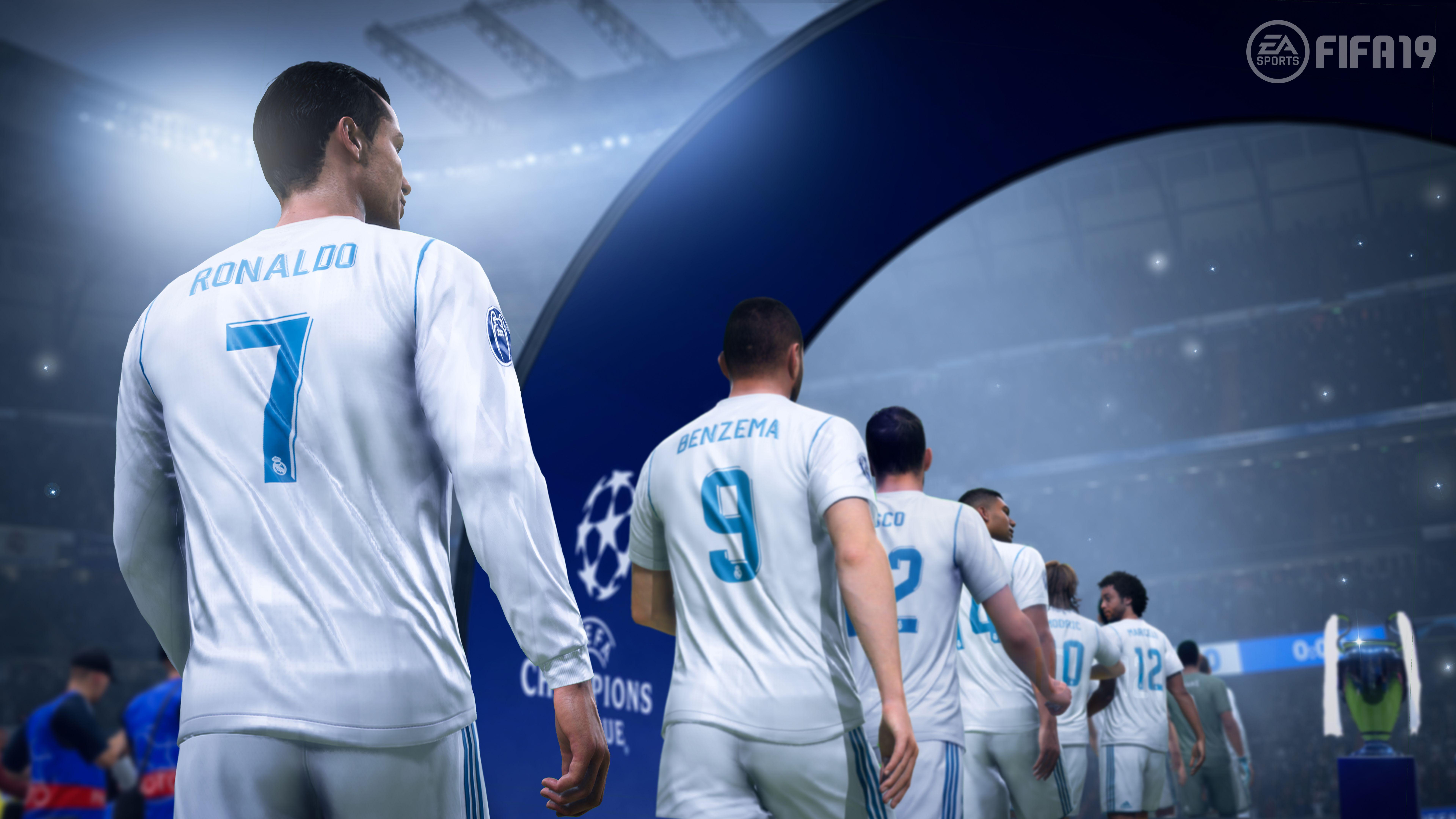 FIFA 19 Champions Edition (PS4) + подарък албум Panini 365 - 2019 - 6