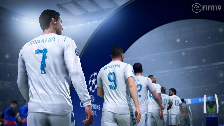 FIFA 19 Legacy Edition (Xbox 360) - 1