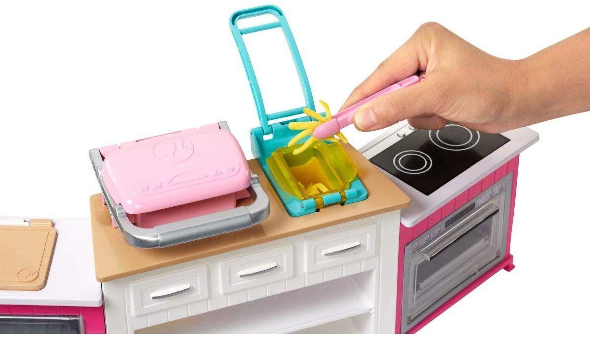 Игрален комплект Mattel Barbie - Кухнята на Барби, със звук и светлини - 6
