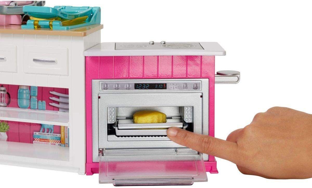 Игрален комплект Mattel Barbie - Кухнята на Барби, със звук и светлини - 8