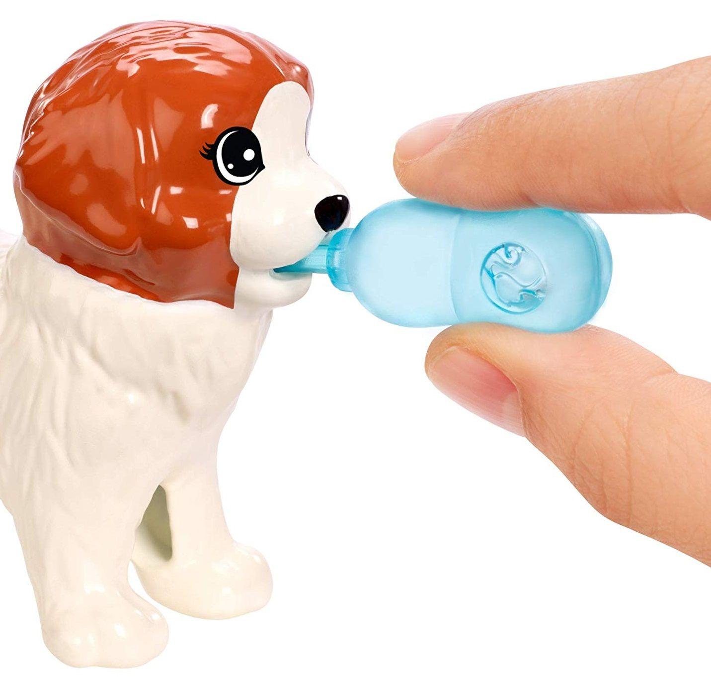 Игрален комплект Mattel Barbie - Барби с 4 кученца - 6