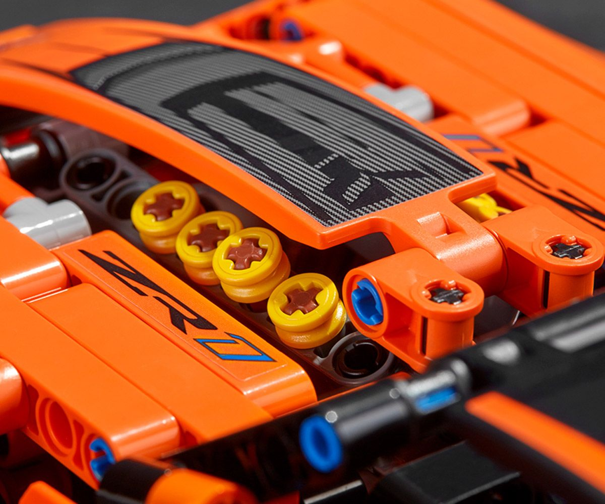Конструктор Lego Technic - Chevrolet Corvette ZR1 (42093) - 12