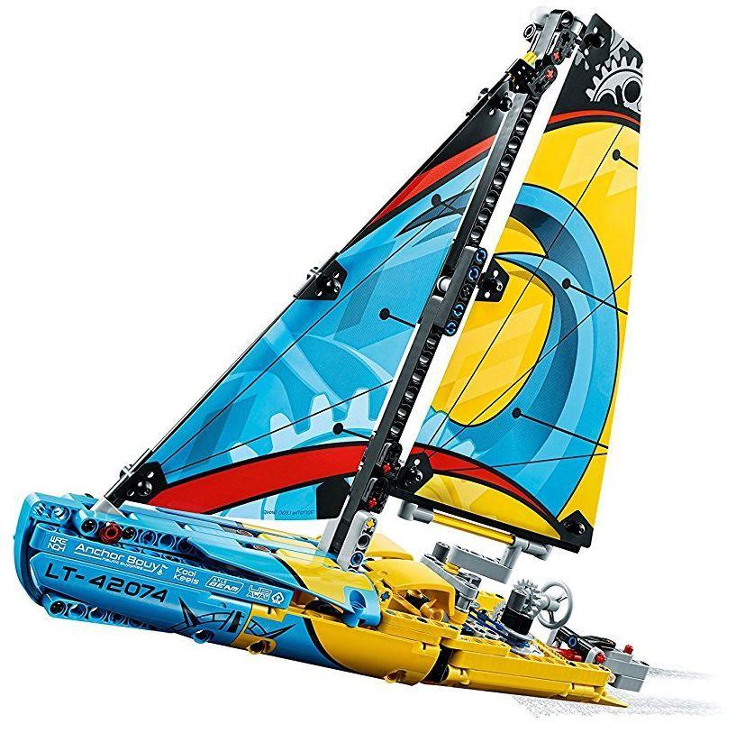 Конструктор Lego Technic - Състезателна яхта (42074) - 6