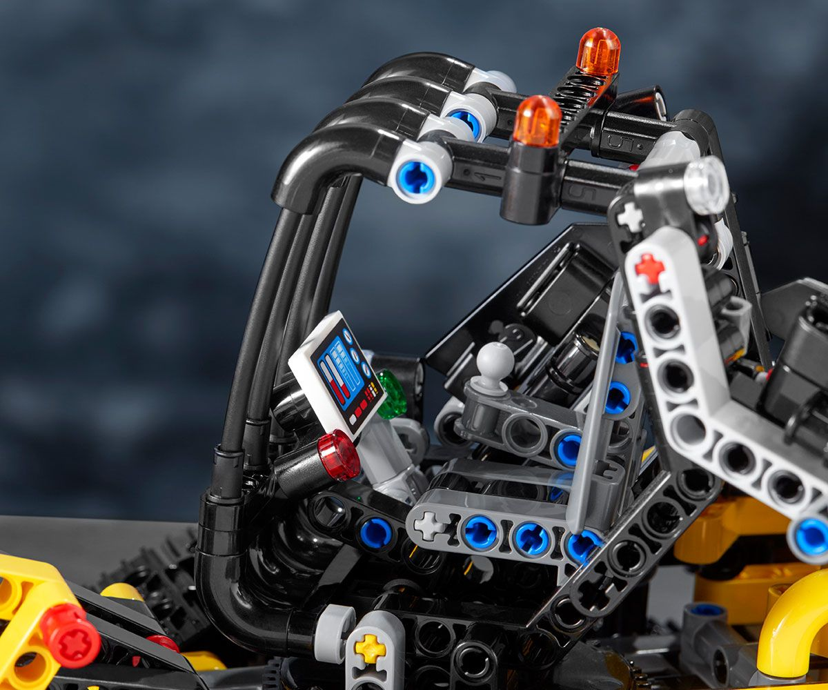 Конструктор Lego Technic - Верижен товарач (42094) - 4