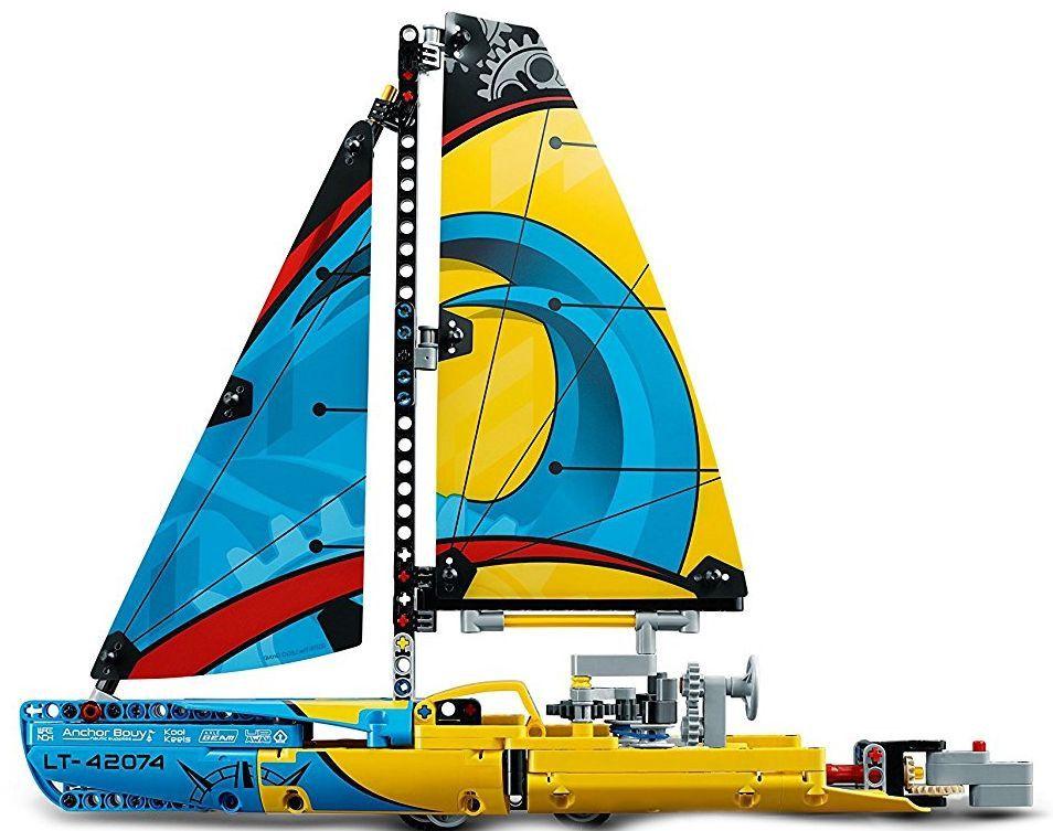 Конструктор Lego Technic - Състезателна яхта (42074) - 5