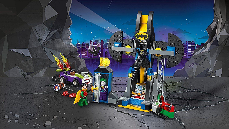 Конструктор Lego Juniors - Joker™ напада пещерата на прилепа (10753) - 7