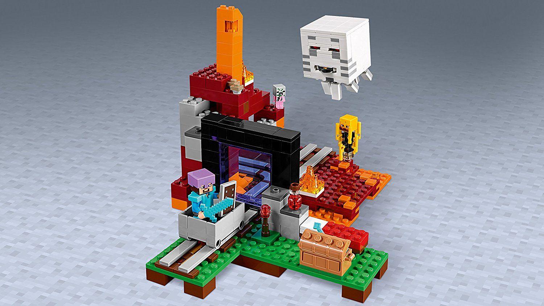 Конструктор Lego Minecraft - Портал към Ада (21143) - 5