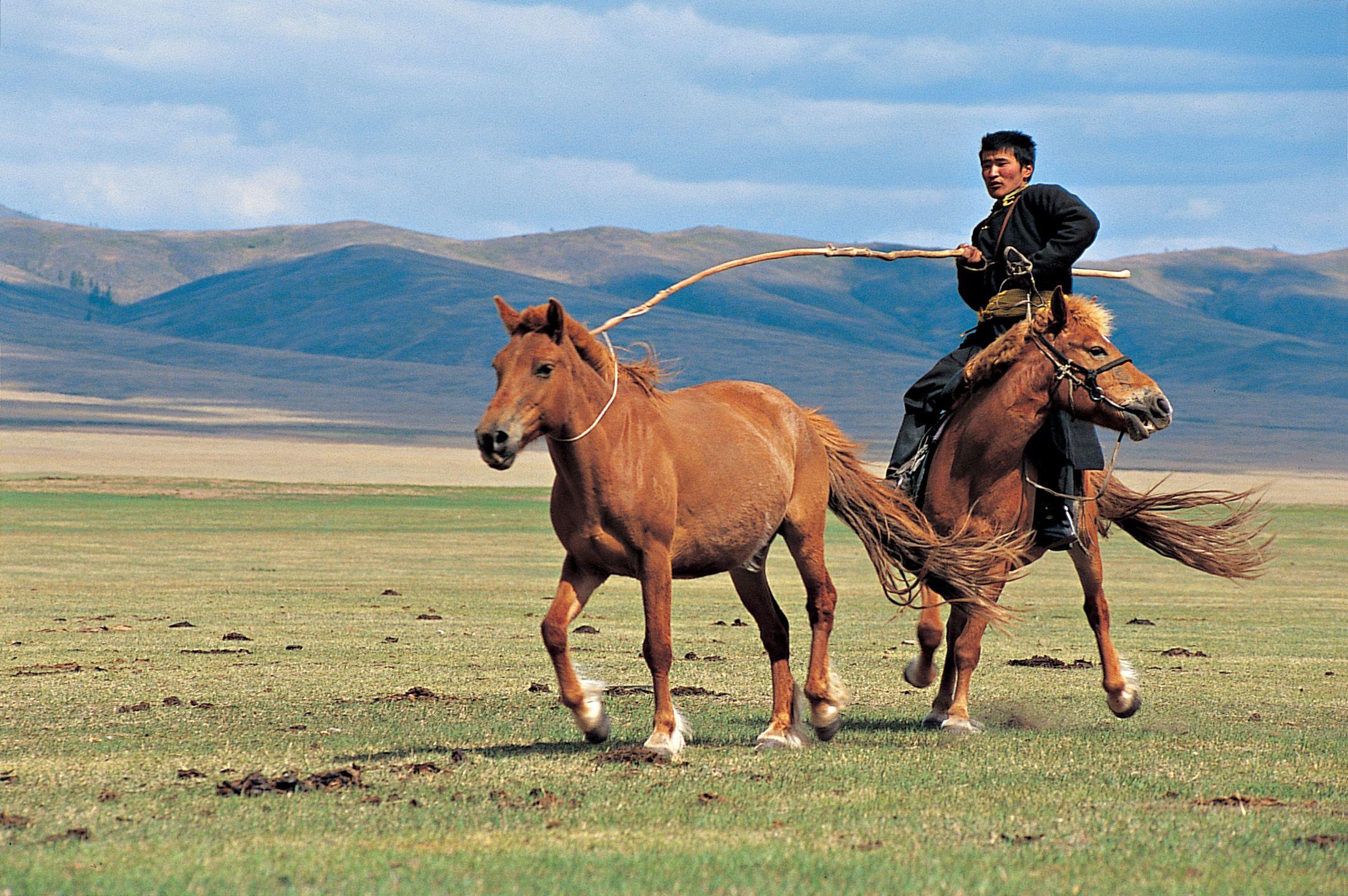 Под юртите на Монголия със синовете на степта - 5
