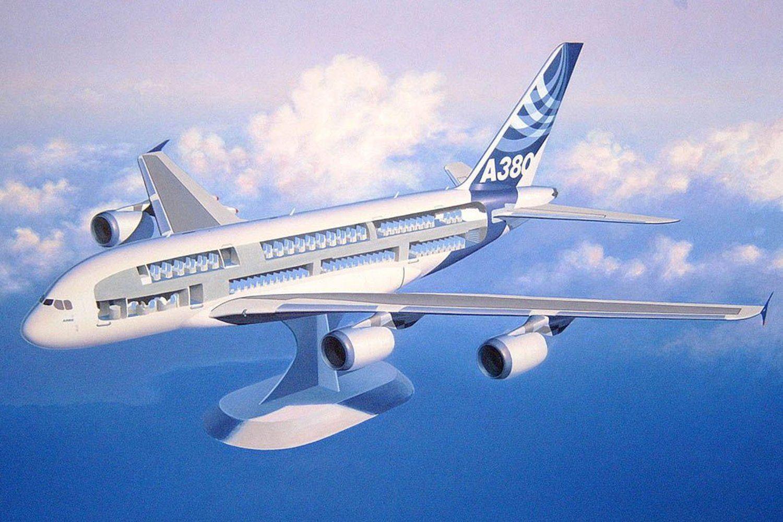 Сглобяем модел на самолет Revell - Airbus A380 & Interior (04259) - 3