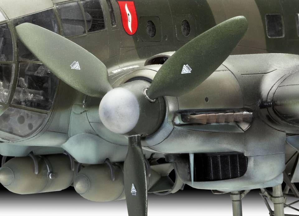 Сглобяем модел на военен самолет Revell Heinkel - He 111 H-6 (4836) - 3