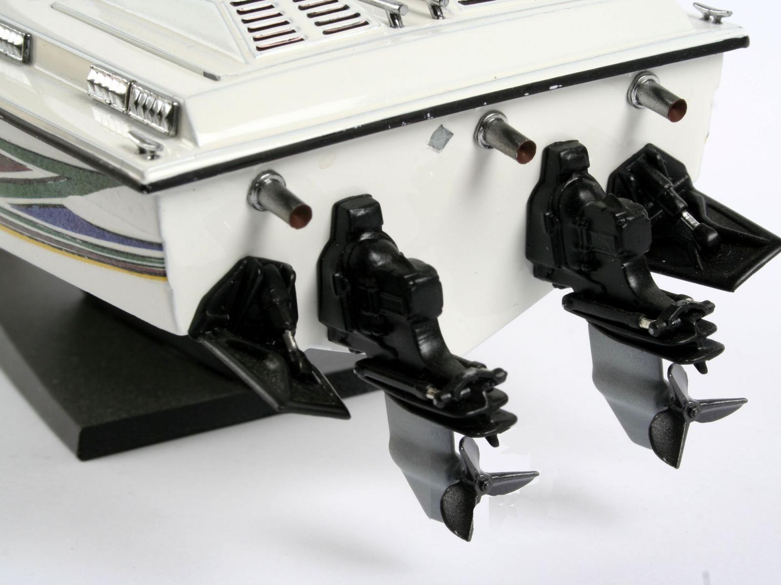 Сглобяем модел на лодка Revell - Power boat (05205) - 3