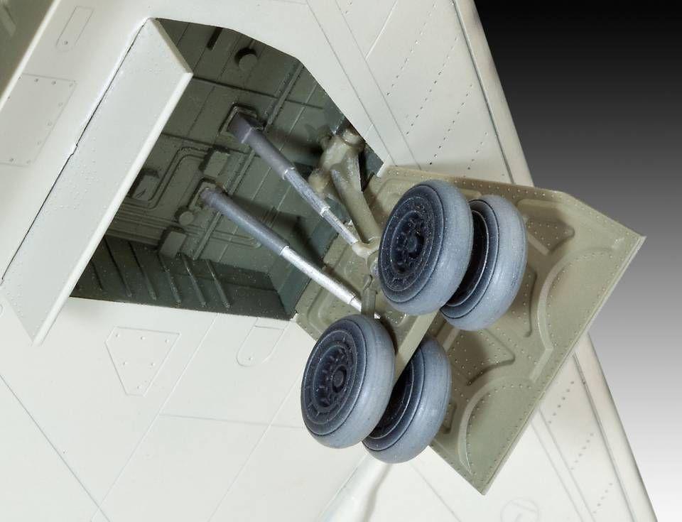 Сглобяем модел на военен самолет Revell - Arado Ar555 (04367) - 2