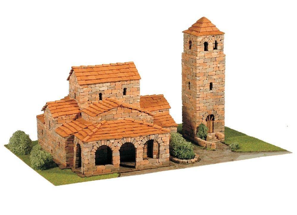 Сглобяем модел Domus Kits - Романика 16, Църква Sta Maria de Lebeña, Макет с истински тухли - 1