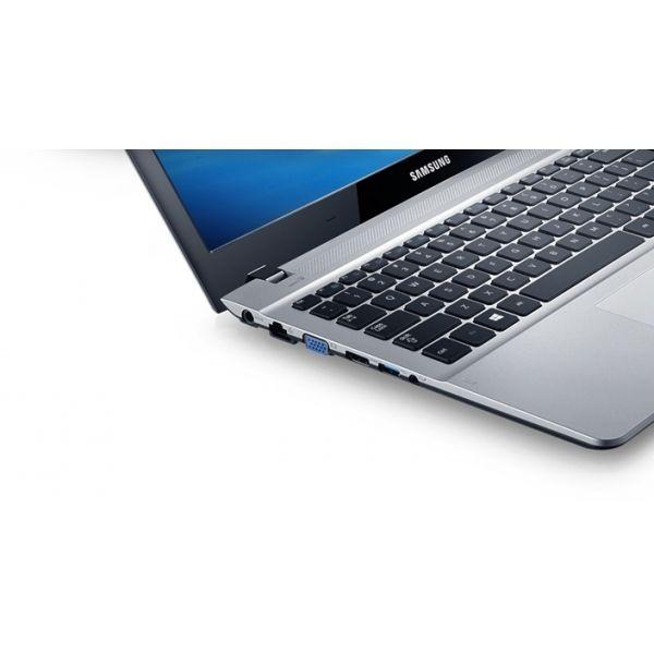 Samsung Series 3 Ultrabook (NP370R5E-S01BG) - 2