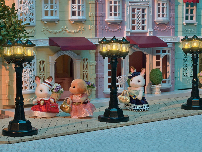 Фигурка за игра Sylvanian Families Town - Улична лампа - 2