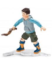 Фигурка Schleich от серията Хора: Момче с пръчка