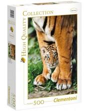 Пъзел Clementoni от 500 части - Бебе бенгалски тигър между лапите на майка си