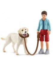 Комплект фигурки Schleich Farm Life Dogs - Разходка с лабрадор ретрийвър -1