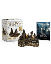 Harry Potter Hogwarts Castle and Sticker Book - Lights Up