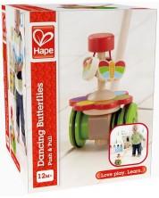 Детска играчка за бутане Hape – Танцуваща пеперуда, дървена