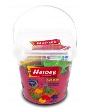 Кинетичен пясък в кофа Heroes - Червен цвят, с 6 фигурки -1