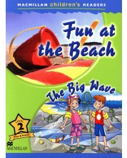 Macmillan Children's Readers: Fun at the Beach (ниво level 2)