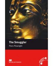 Macmillan Readers: Smuggler (ниво Intermediate)