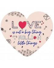 Табелка-картичка - A million little things (с форма на сърце)