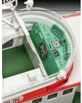 Сглобяем модел на кораб Revell - Search & Rescue Vessel BERLIN (05211) - 5t