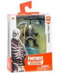 Фигурка Moose Fortnite Battle Royale - Skull Trooper, с 2 оръжия - 1t