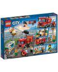 Конструктор Lego City - Спасителна акция от пожар в бургер бар (60214) - 6t